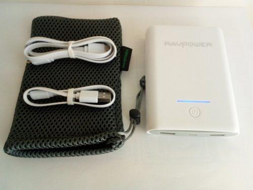 RAVPower モバイルバッテリー 10000mAh 大容量 軽量 急速充電 2ポート iPhone Android 対応 白 RP-PB005 付属品