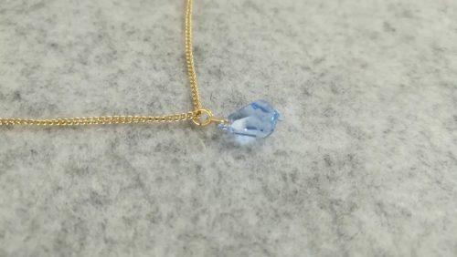 チェコビーズ(しずく型)のネックレス