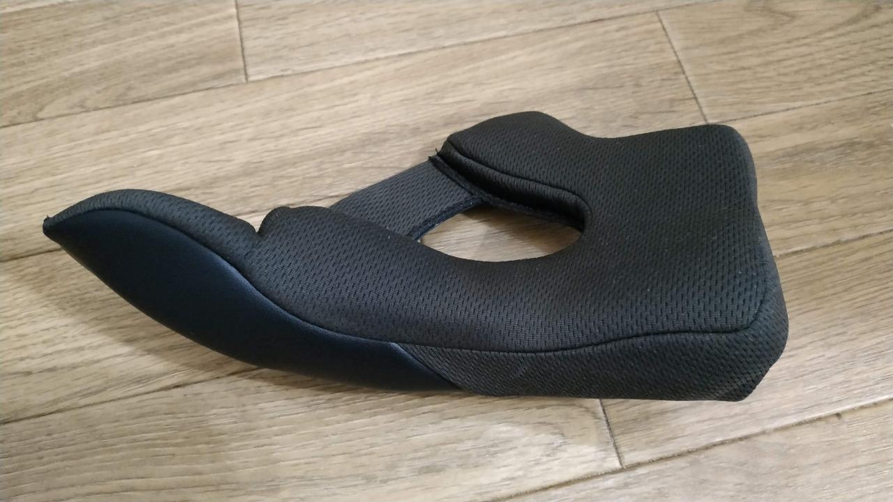 バイクのヘルメットを洗濯 チークパッド