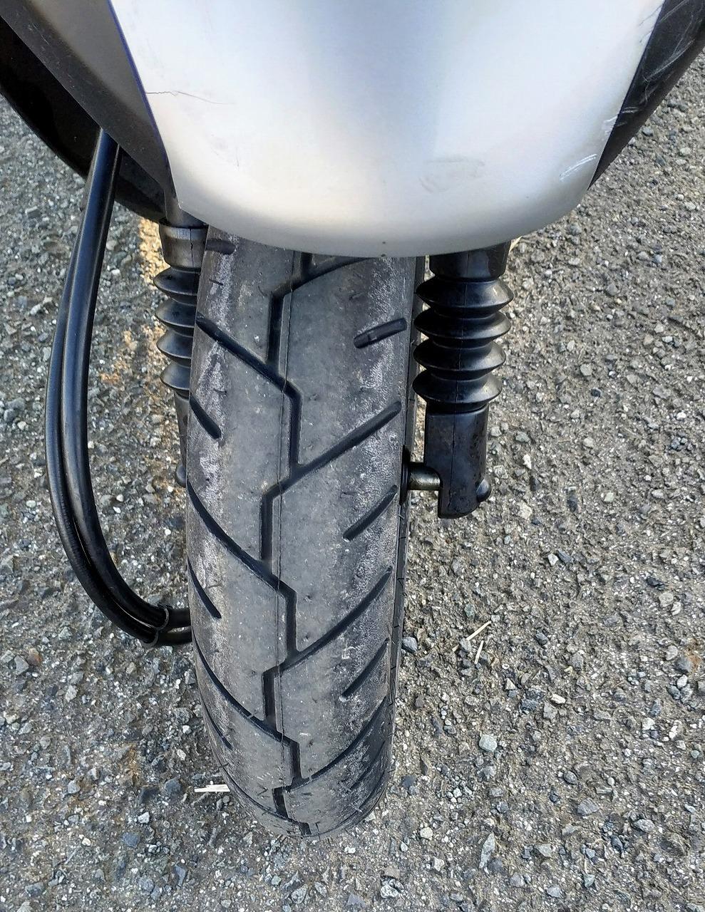 レッツ2のタイヤミシュランS1 タイヤパターン